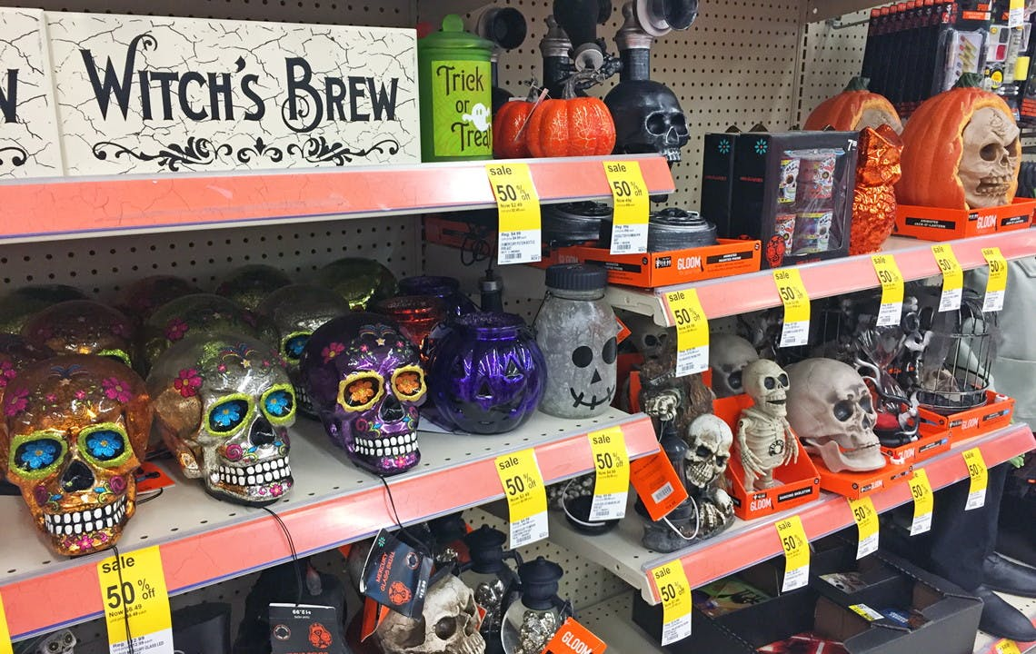 Walgreens Halloween Decorations 2020 70% Off Halloween Decor Clearance at Walgreens!   The Krazy Coupon