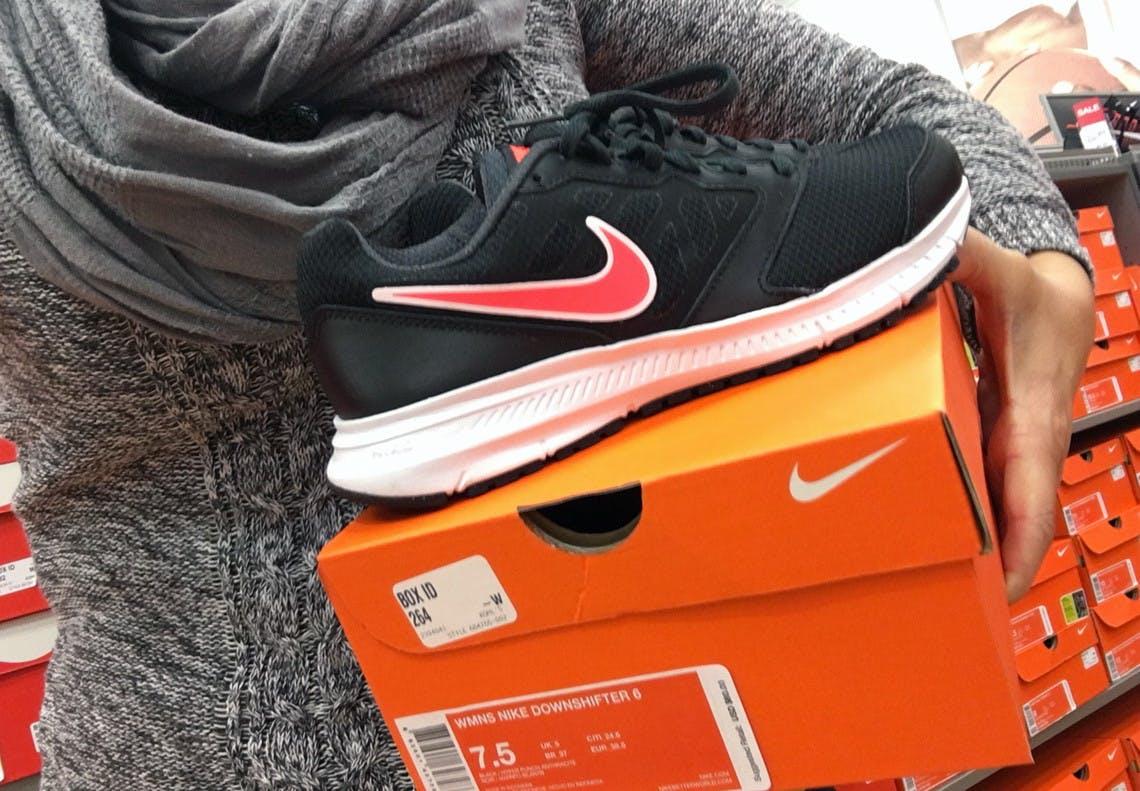 Kohl's Nike Clearance: Nike Tanjun
