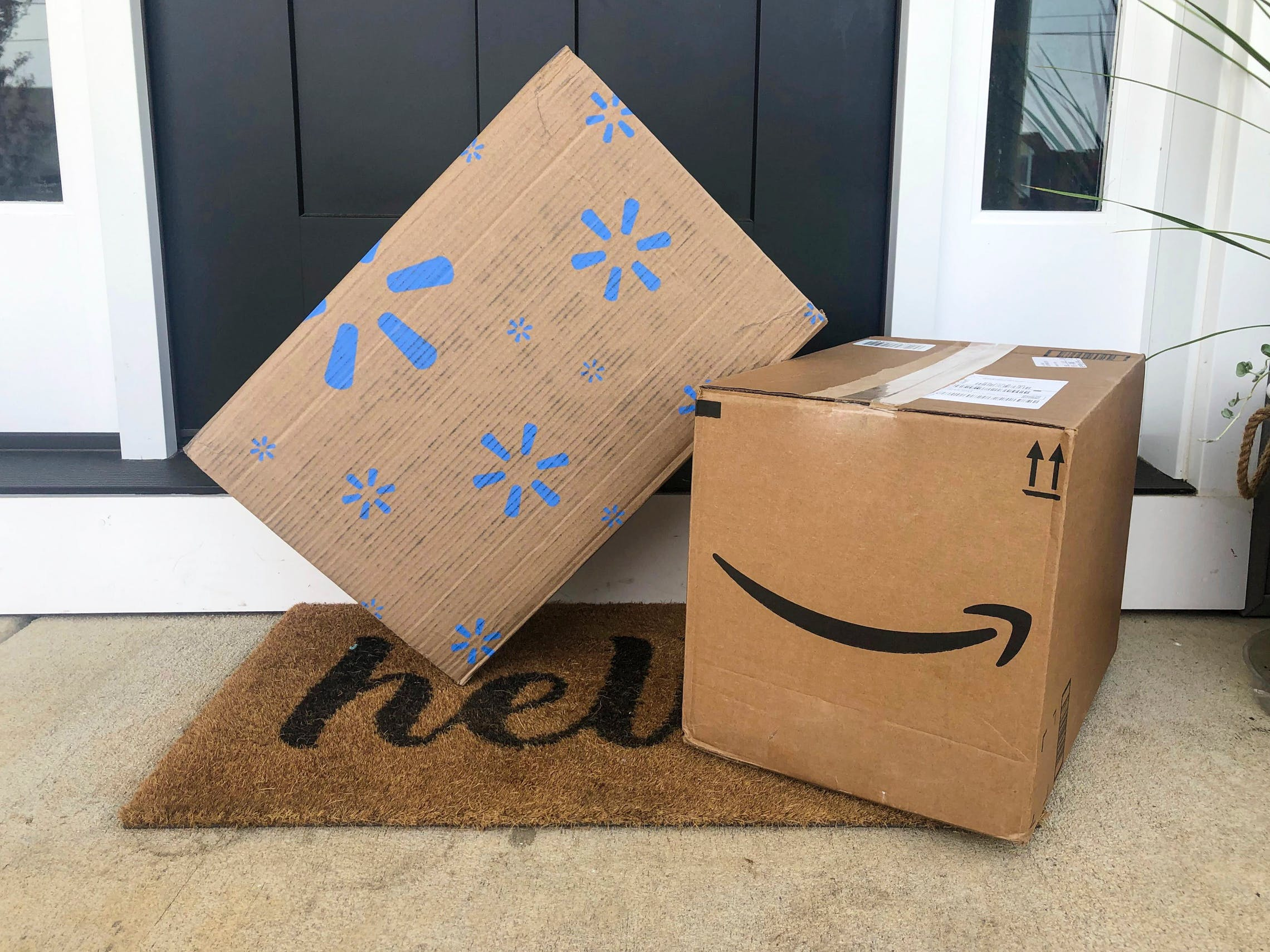 Amazon Vs Walmart Who S Really Cheaper During Covid 19 The