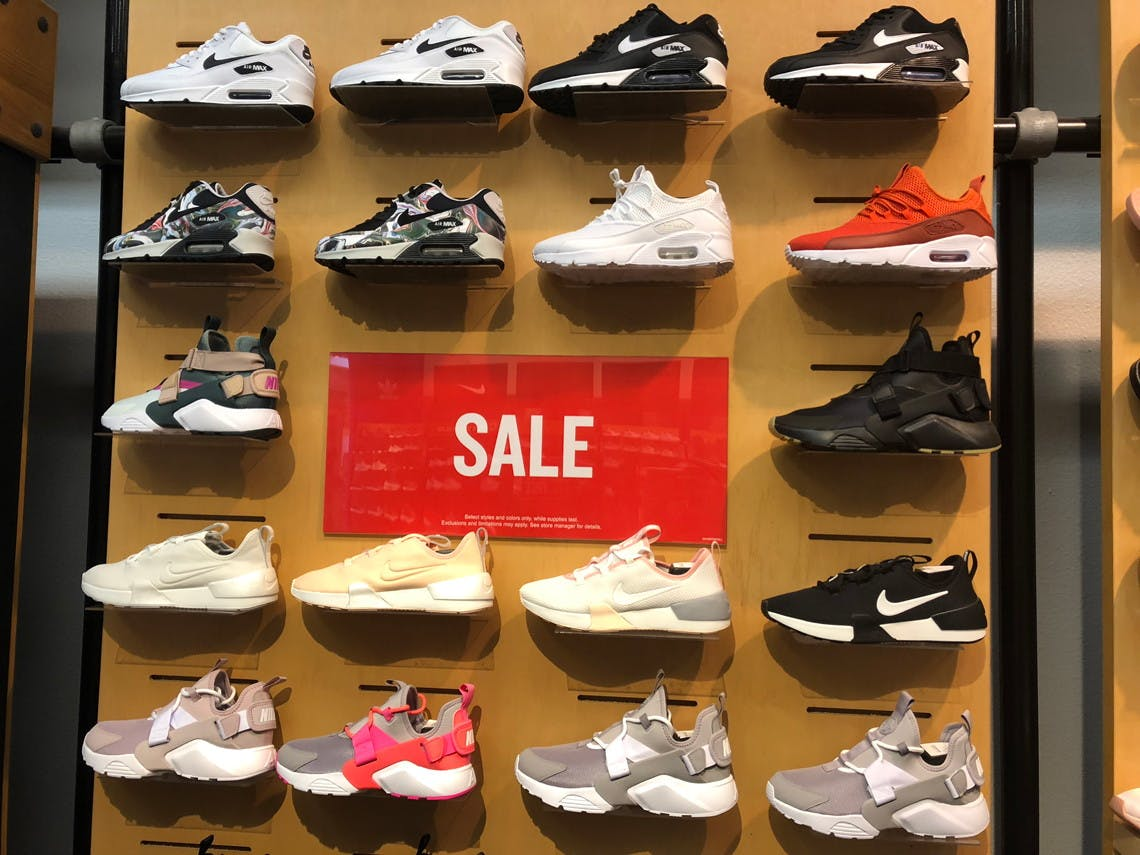 End-of-Season Sale at Finish Line: Up