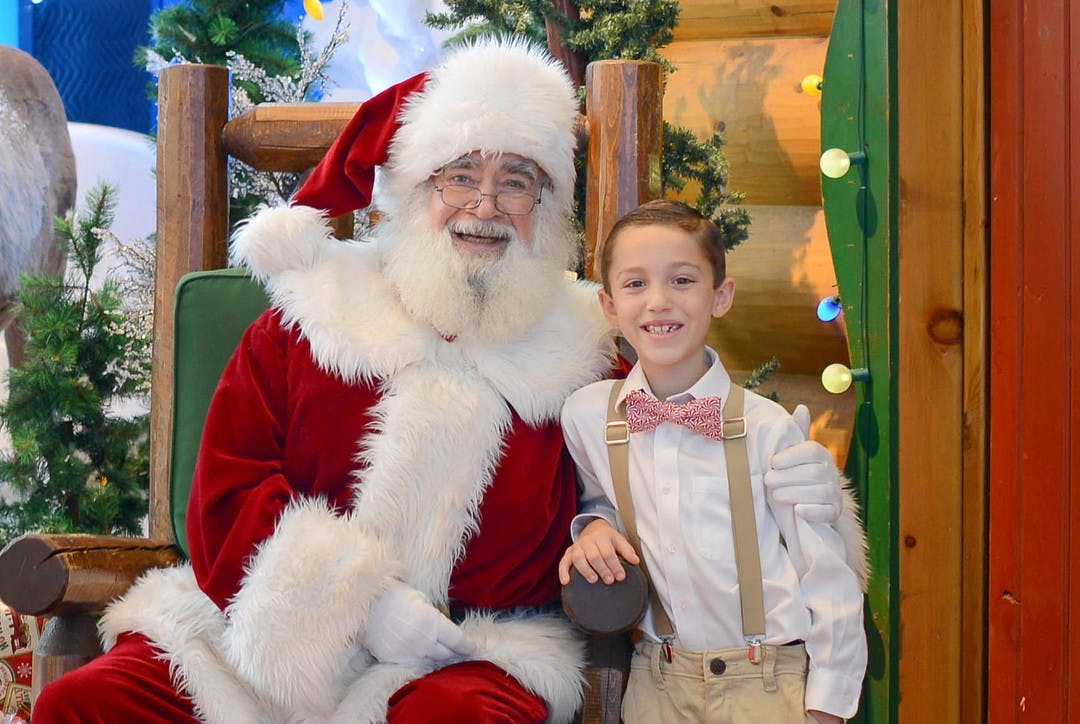 Free Photos And Activities With Santa At Cabela S The Krazy Coupon Lady