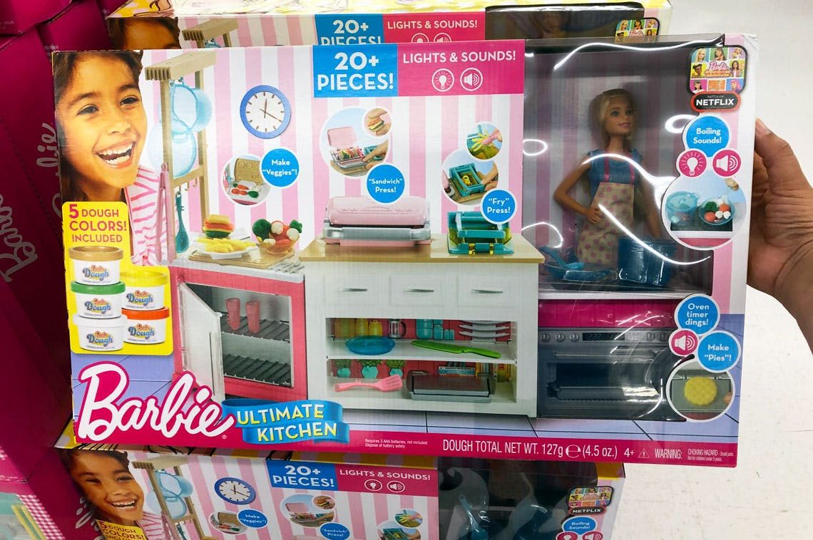 Barbie Ultimate Kitchen Cooking /& Baking Playset with Chef Doll
