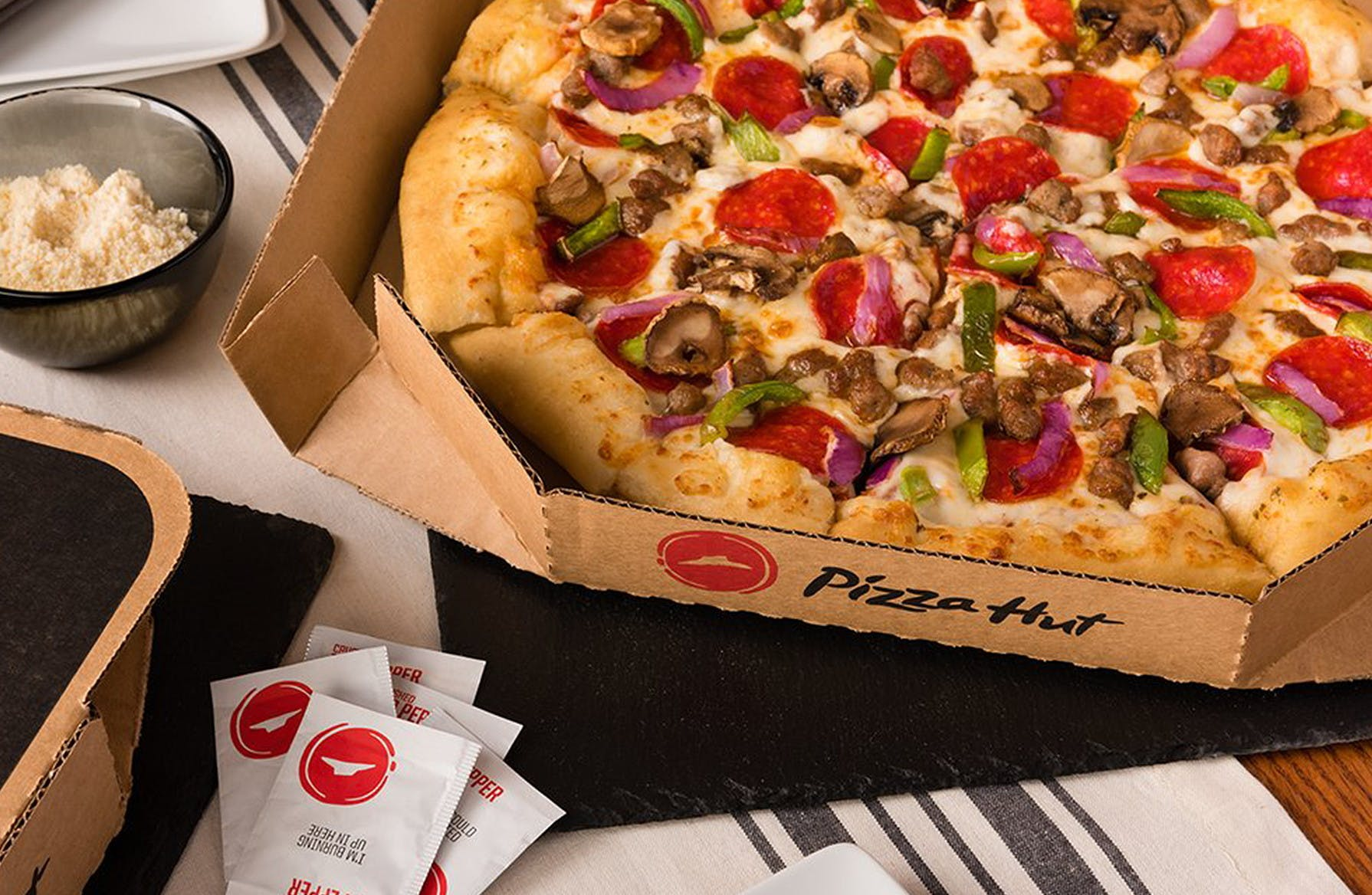 Pizza Hut Closing Hundreds More Dine In Restaurants The Krazy Coupon Lady