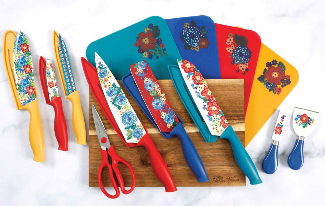 The Pioneer Woman 20 Piece Cutlery Set Only 20 At Walmart The Krazy Coupon Lady