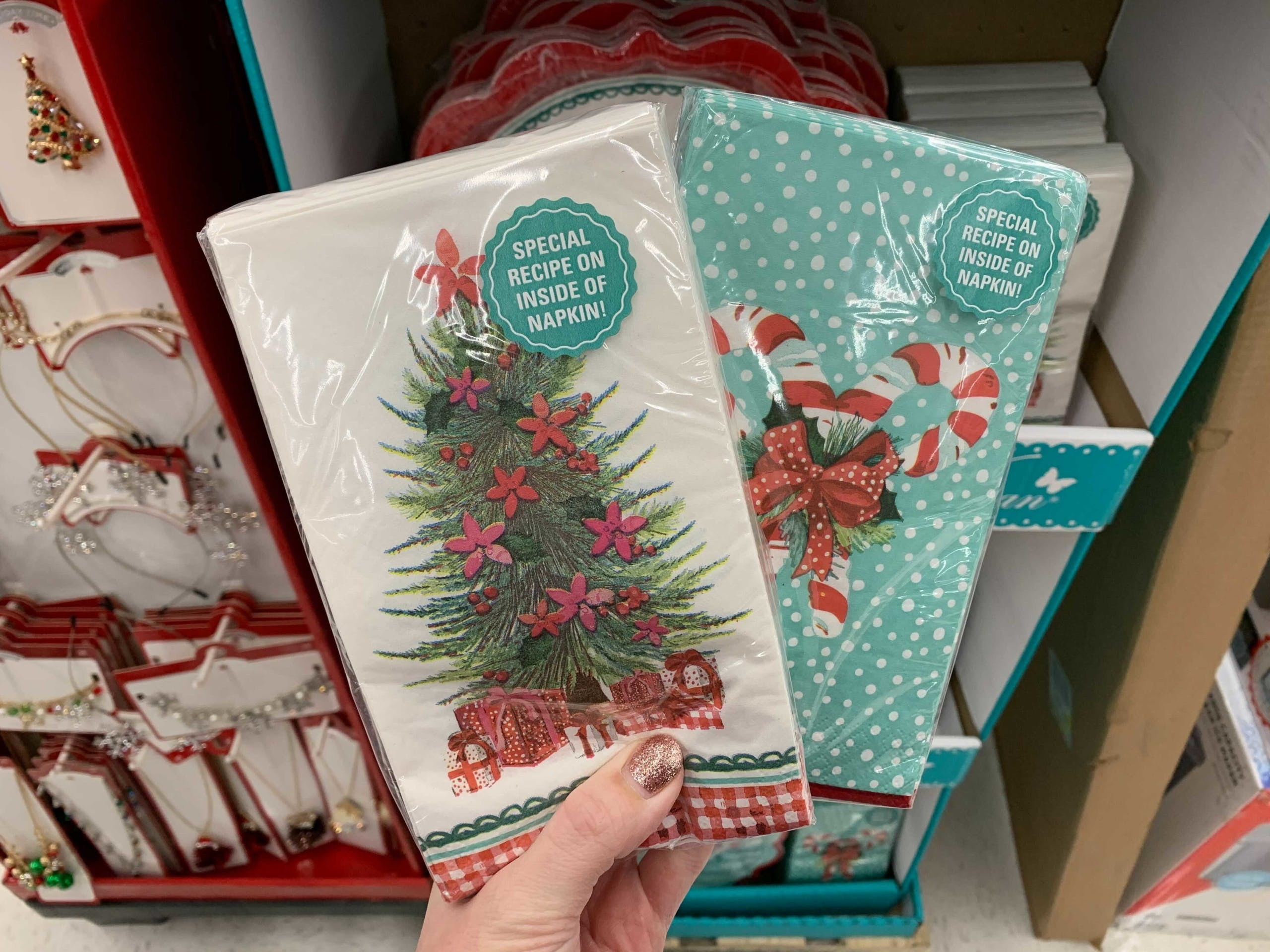 Pioneer Woman Christmas Dishes 2020 The Pioneer Woman Christmas Party Plates, $2.98 at Walmart   The